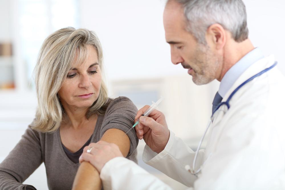 Penyuntikan Vaksin